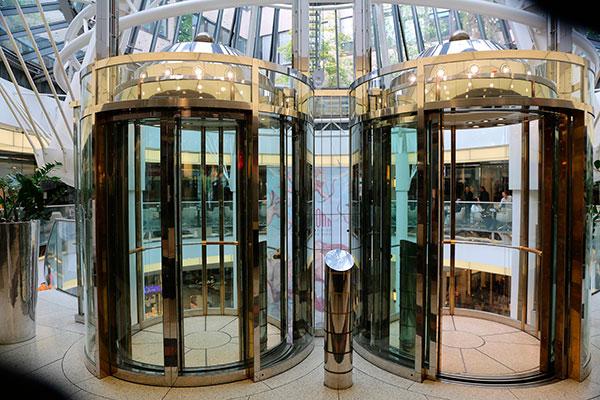 ascensores para locales comerciales