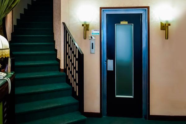 renovar un ascensor antiguo