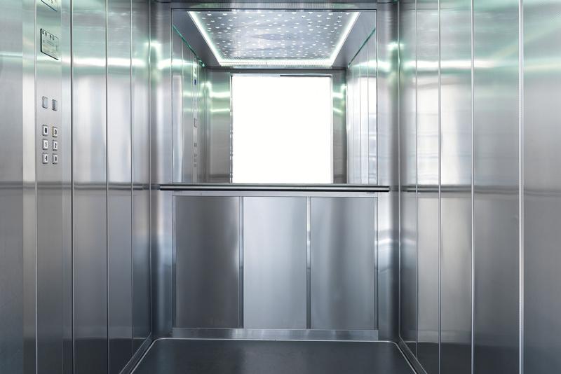 instalar un ascensor con espejo