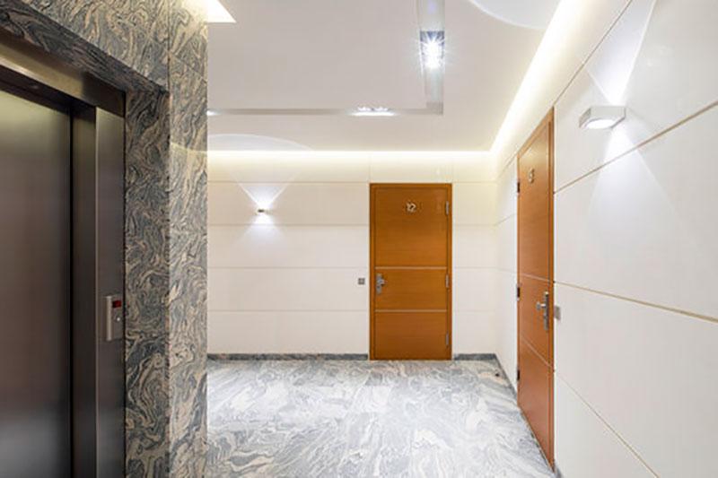ascensor con parada en planta